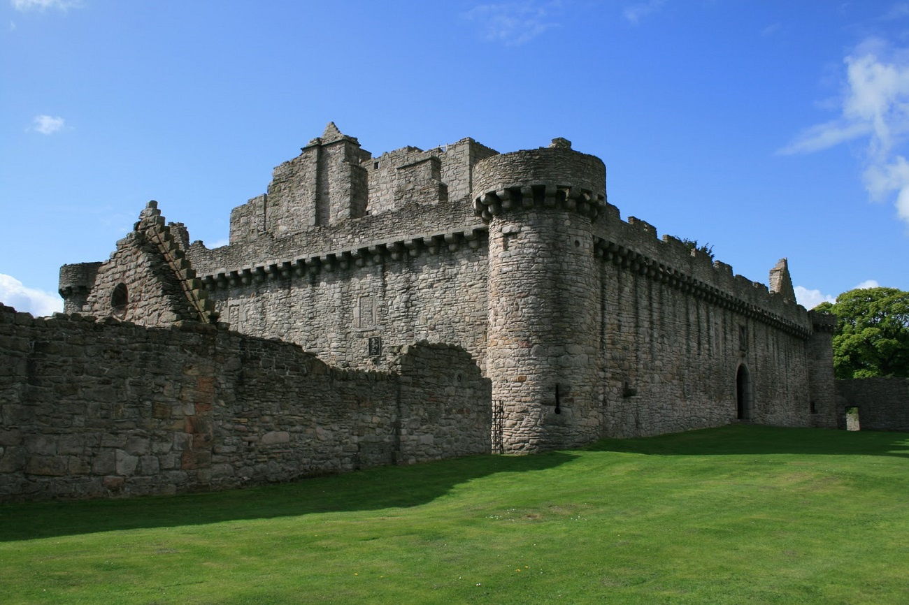 Zidurile Castelului Craigmillar, Edinburgh