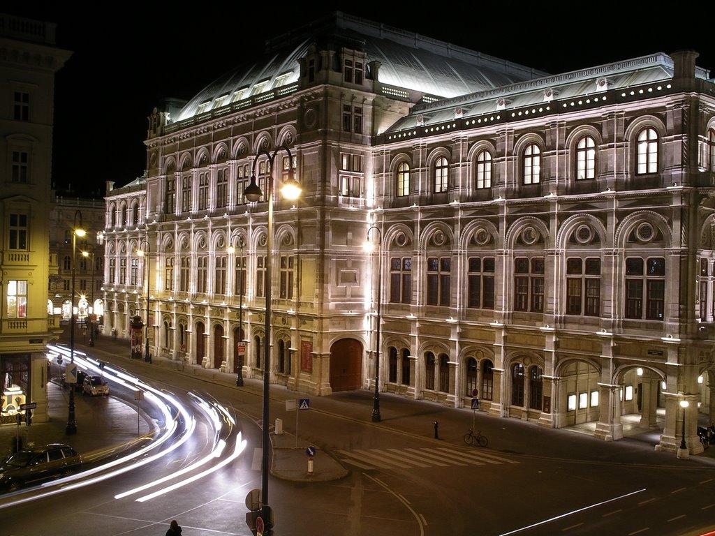 Opera din Viena, etalon al frumuseţii oraşului