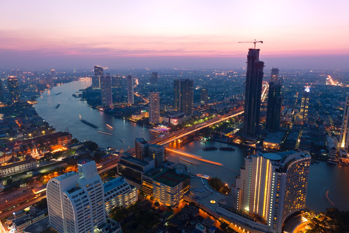 Bangkok, vedere nocturnă