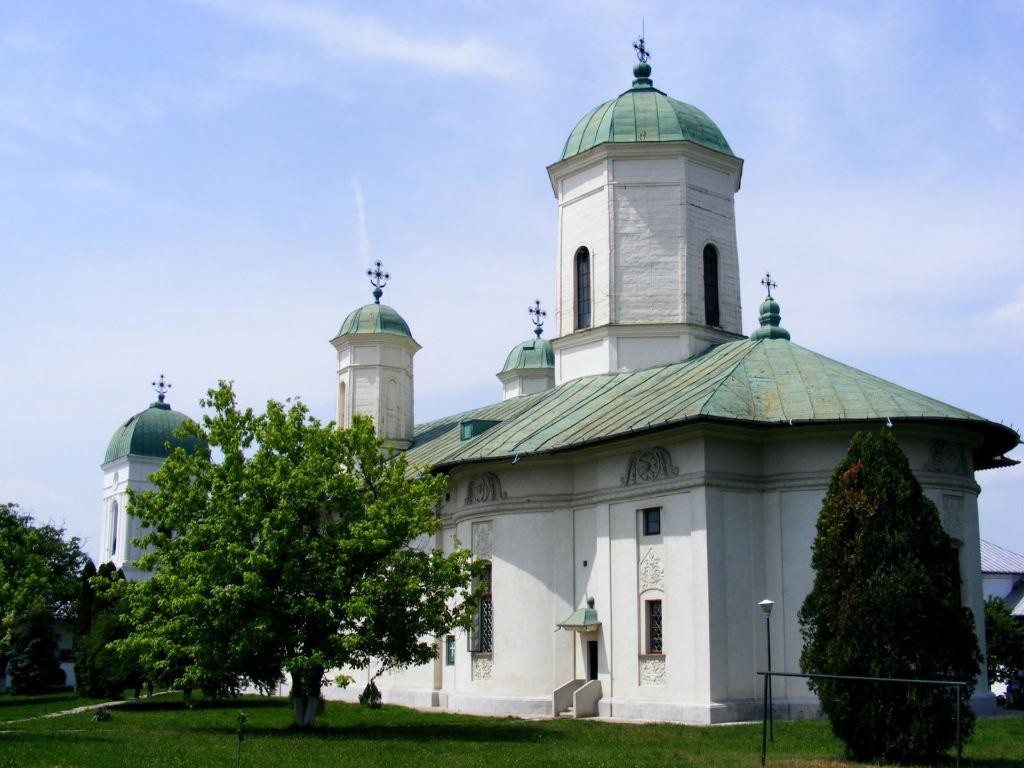 Biserica de la Mânăstirea Cernica, vedere dinspre Est