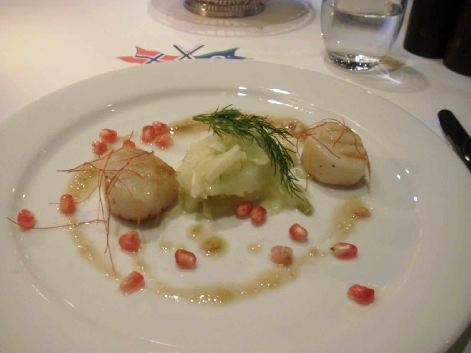 Meniu servit la unul din  restaurantele din Oslo Opera House