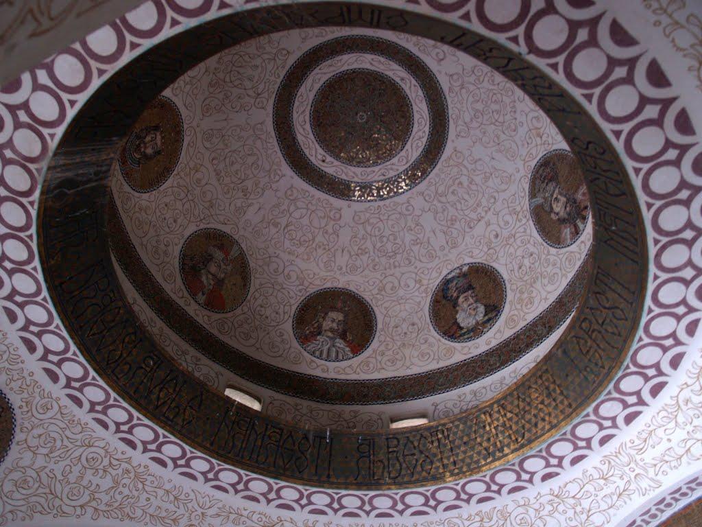 Acoperisul din capela mausoleului