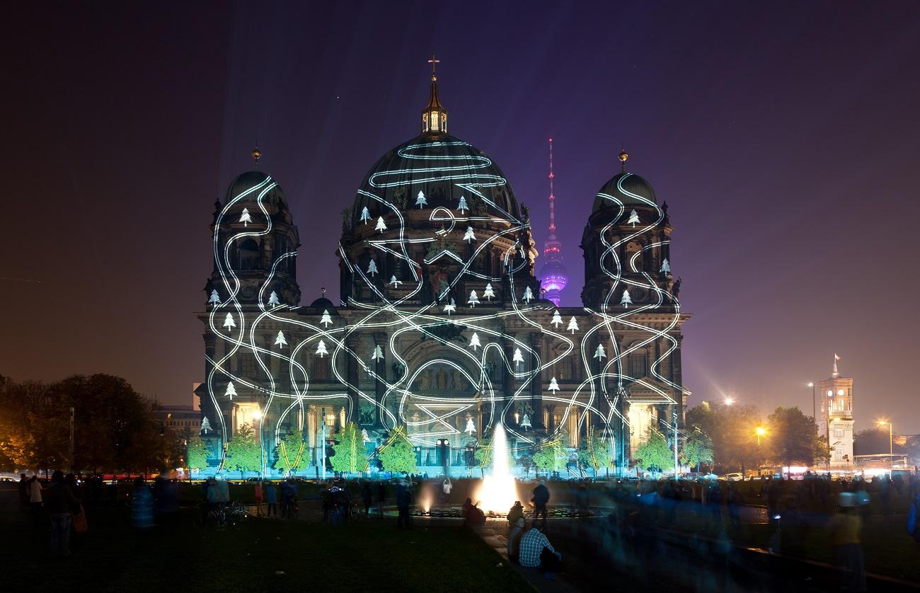 Catedrala din Berlin în timpul Festivalului Luminilor