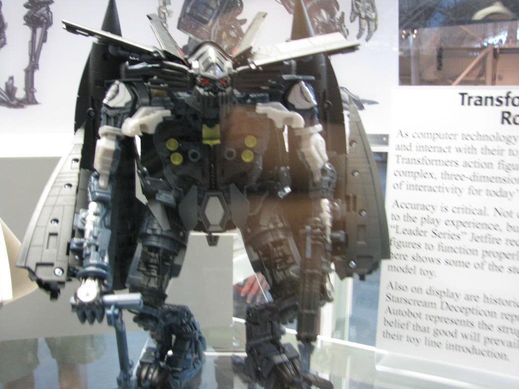 Chiar și seria Transformers și-a găsit un loc în muzeul Smithsonian