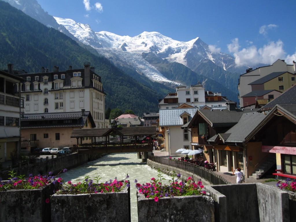 Contrast de culori, Mont Blanc versul Chamonix