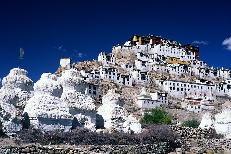 Culorile Mănăstirii Ki nu au fost alese întâmplător fiind specifice cultului budist