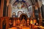 Interiorul Catedralei Sfântul Sava este împodobit cu icoane și obiecte religioase prețioase