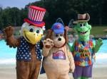 Mascotele parcului de distracții din Orașul Moș Crăciun