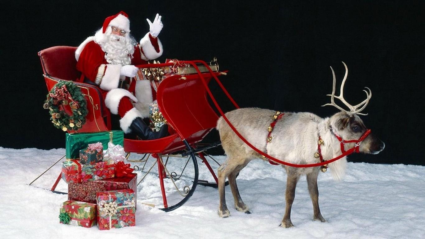 Moș Crăciun pornește deja în lunga sa călătorie. Cu siguranță va trece și pe la noi.