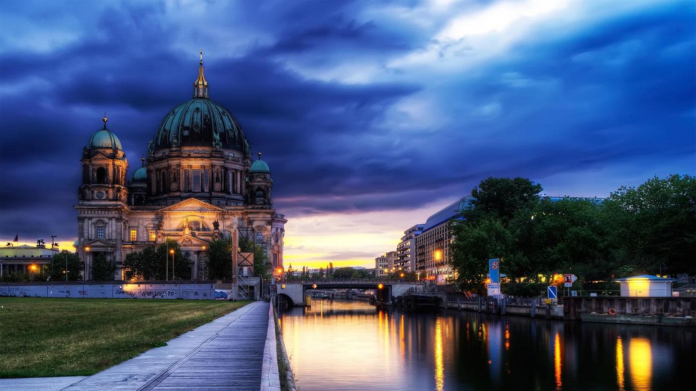 Orizontul Berlinului este unic în prezența deosebitei construcții
