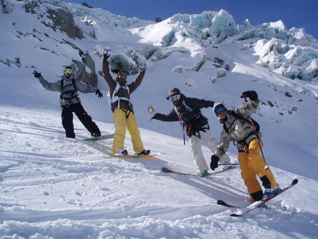 Schi sau snowboard, nu prea contează aici