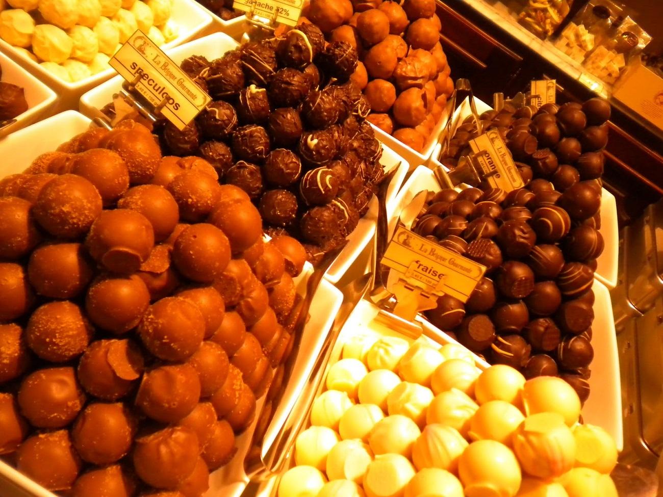 Sortimentele de ciocolată belgiană  sunt un răsfăţ pentru iubitorii acestor dulciuri