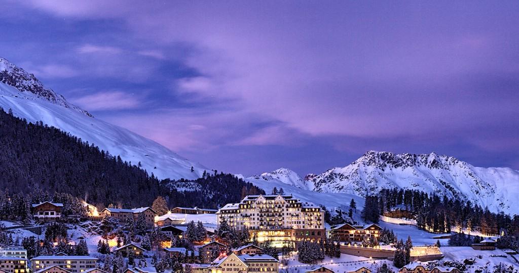 St. Moritz, locul unde Crăciunul se servește cu ciocolată caldă