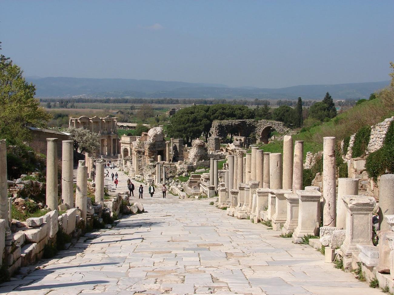 Strada de Marmură, Efes
