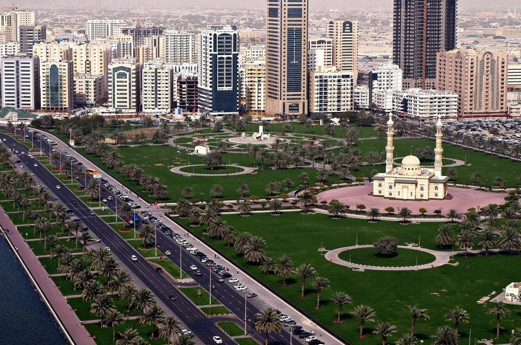 Vedere din aer asupra bulevardului Corniche