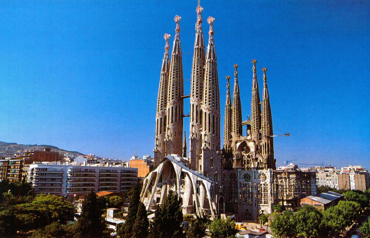 Sagrada Familia, simbolul oraşului Barcelona