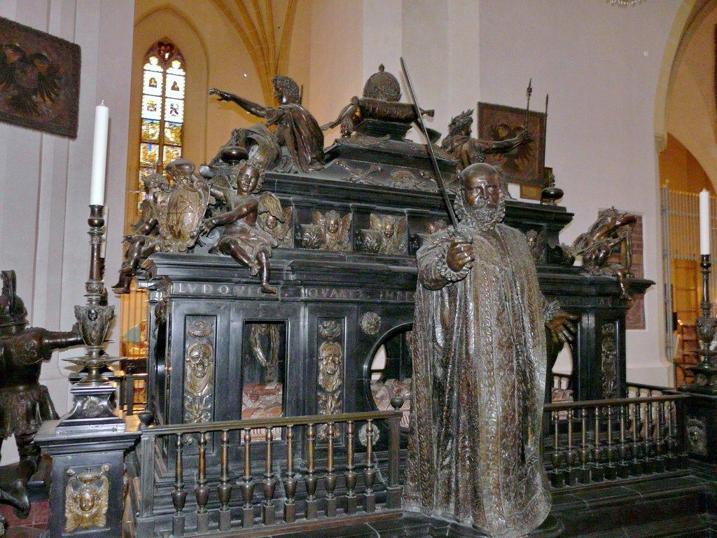 Sarcofagul Împăratului Ludwig al IV- lea al Bavariei
