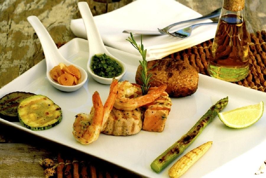 Vei fi răsfățat cu astfel de delicatese culinare locale