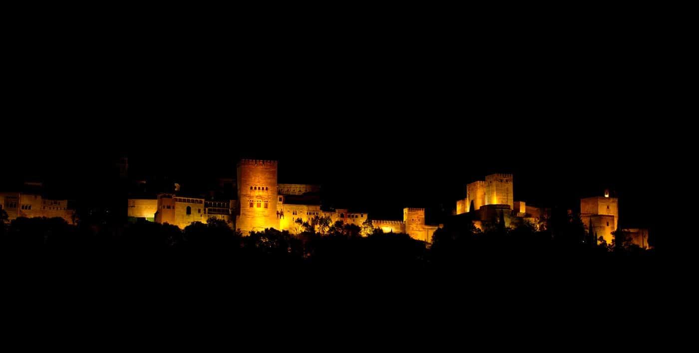 Alhambra, noaptea