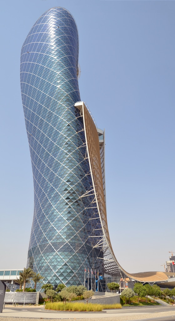 Capital Gate, turnul înclinat din Abu Dhabi