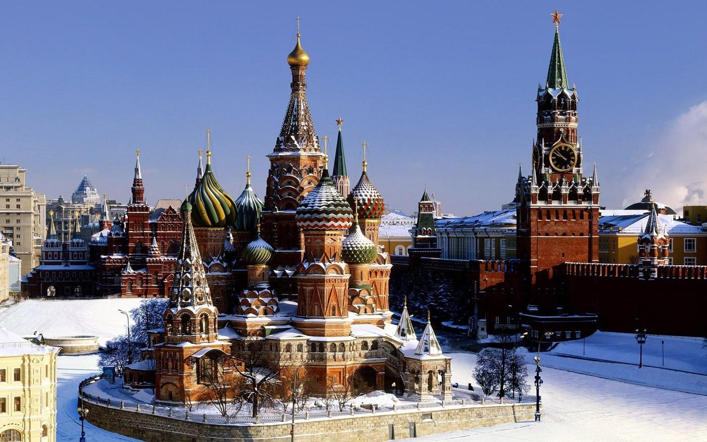 Catedrala Sfântul Vasile, iarna