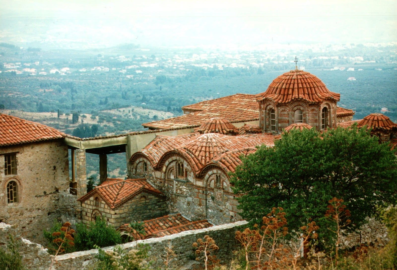 Clădirile medievale sunt de o frumusețe unică