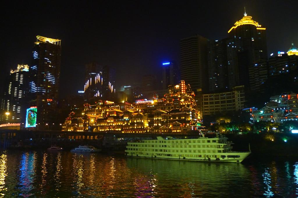 Croazierele pe Râul Yangtze crează amintiri de neuitat