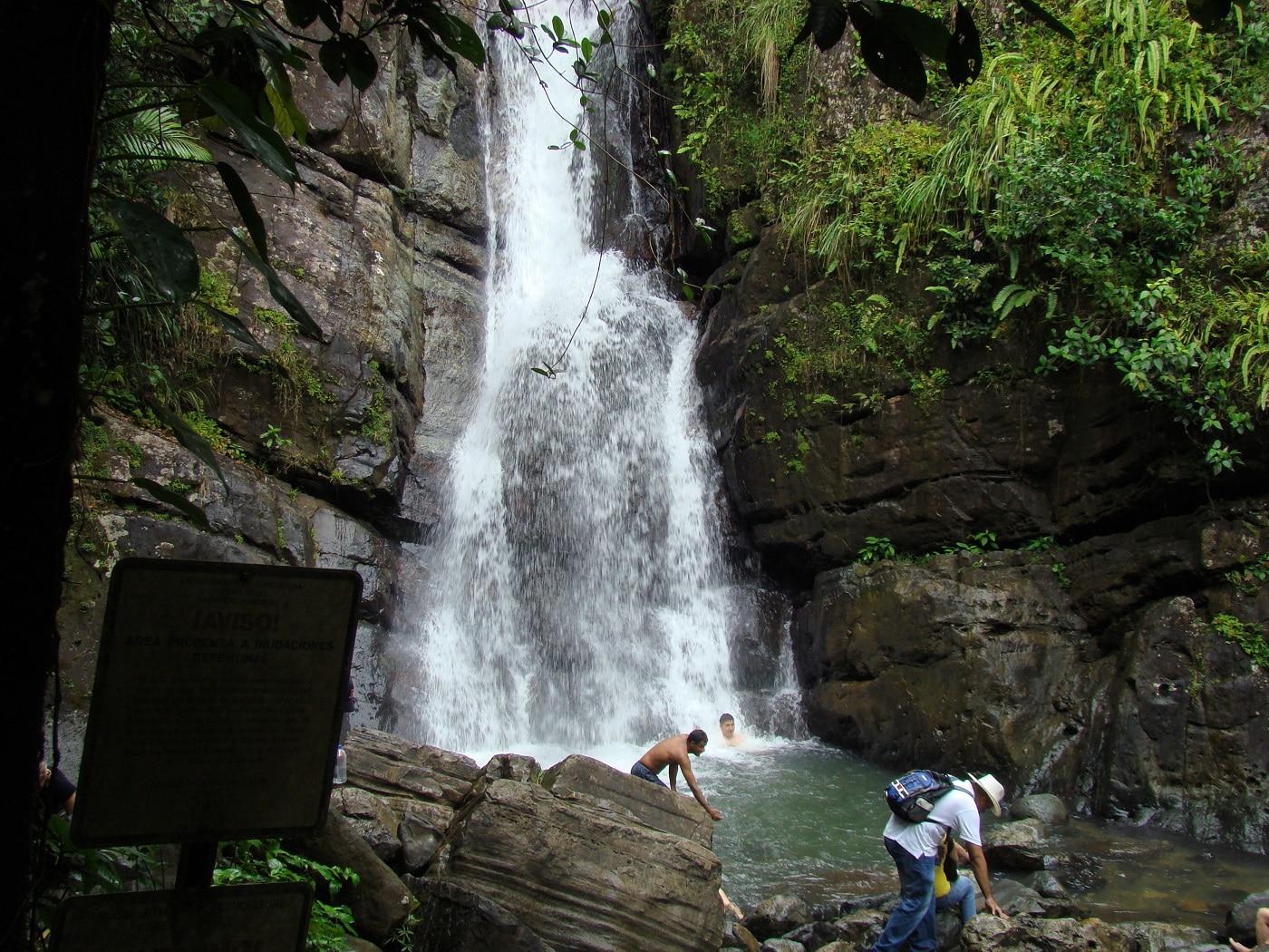 El Yunque, Cascada La Mina