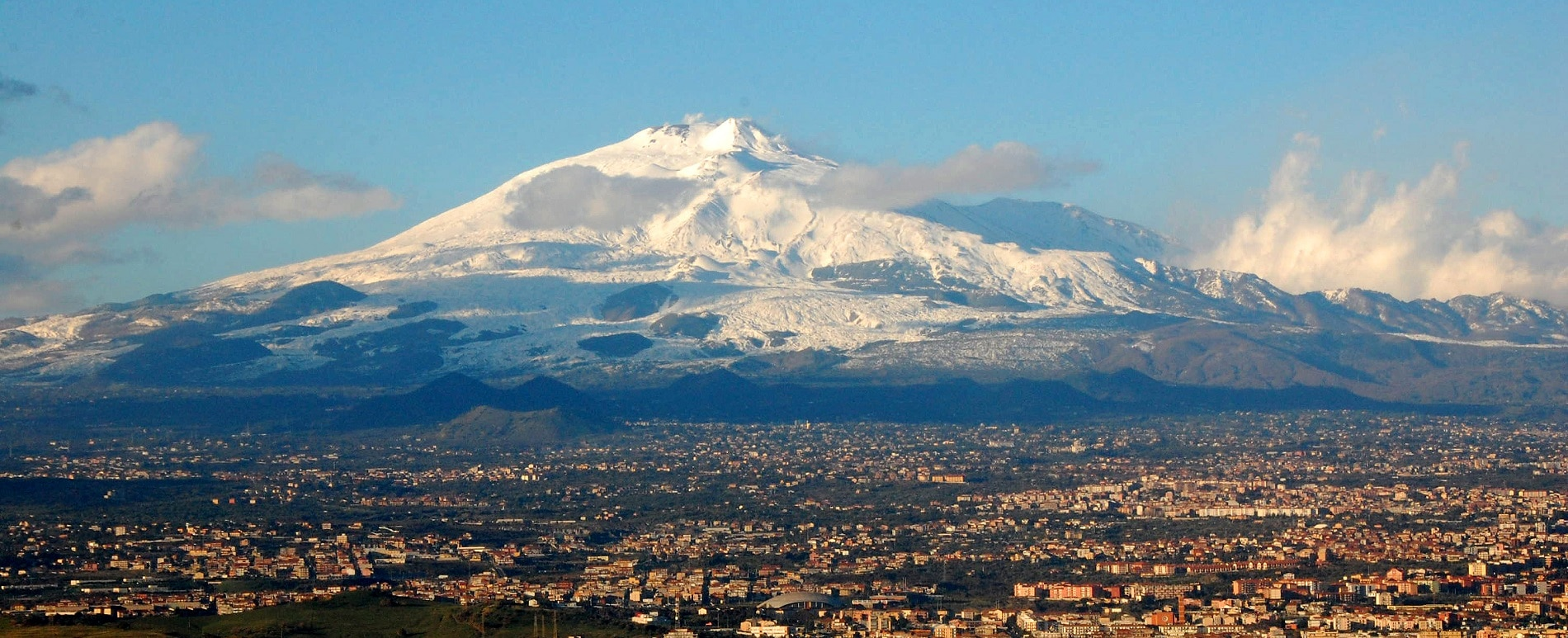 Vulcanul Etna, cel mai vechi vulcan din lume