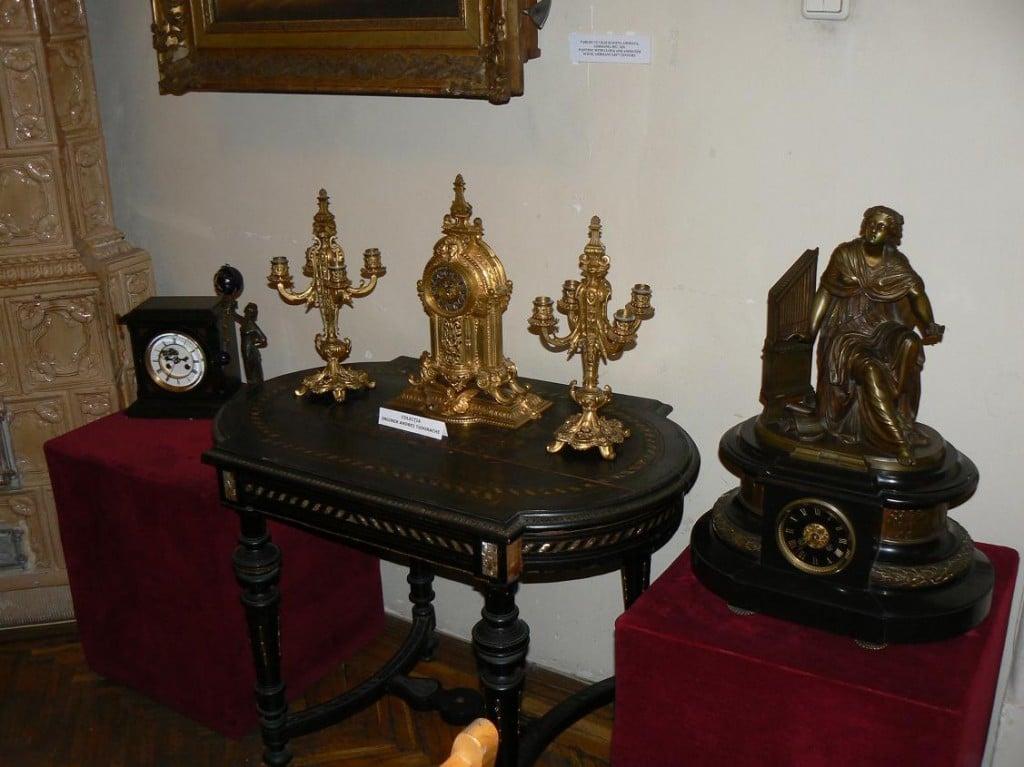 Exponate valoroase la Muzeul Ceasului din Ploiești