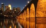 Fluviul Mississippi înfrumusețează orizontul marilor orașe
