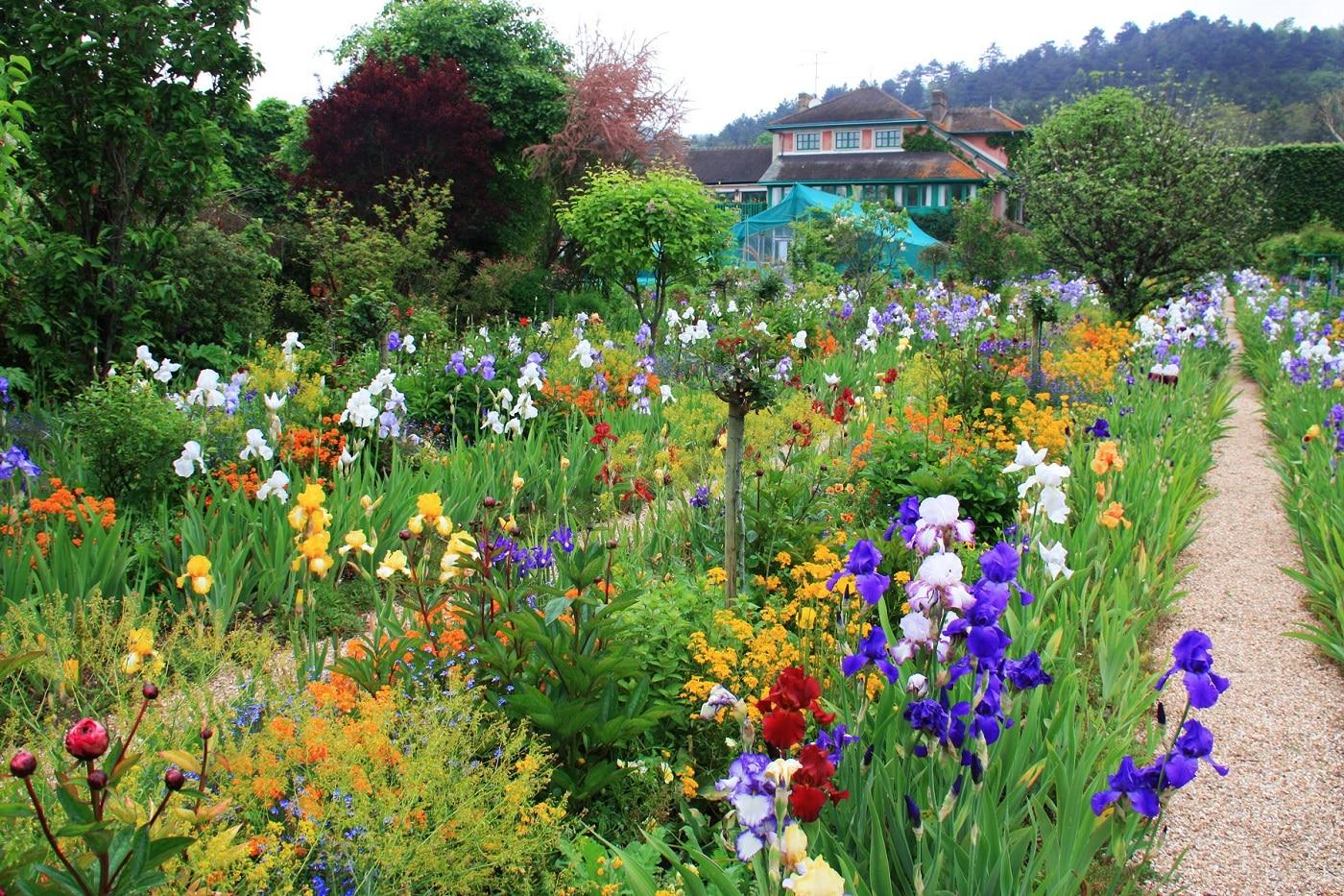 Grădinile colorate din Giverny