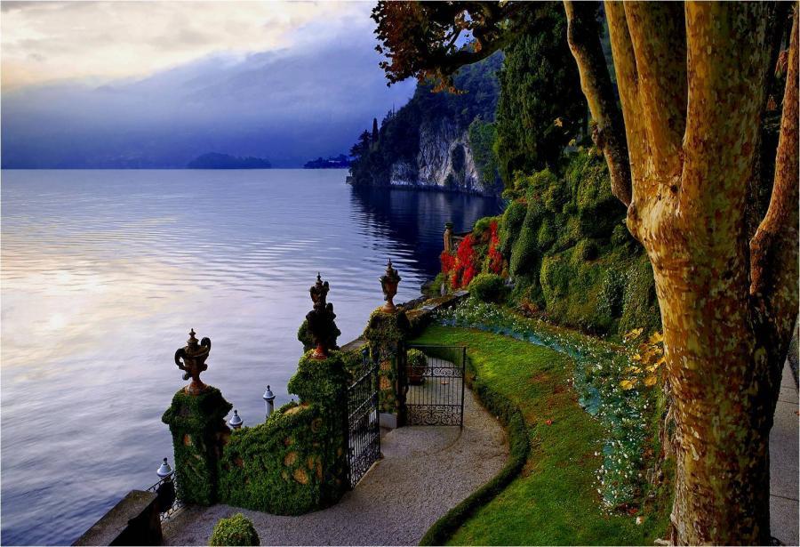 Grădinile de pe Lacul Como sunt adevărate opere de artă