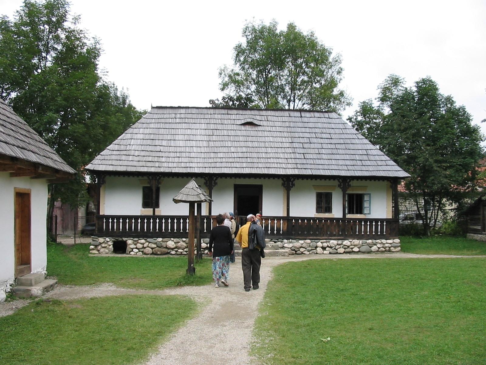 Muzeul Satului de lângă Castelul Bran