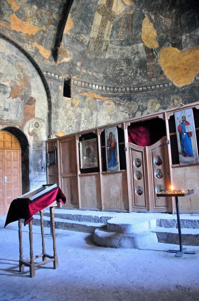 Interior din Mănăstirea Adormii Maicii Domnului, Vardzia