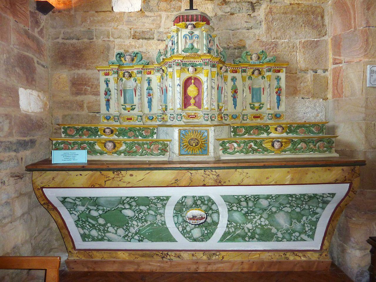 Interiorul Capelei Notre Dame din Rocamadour