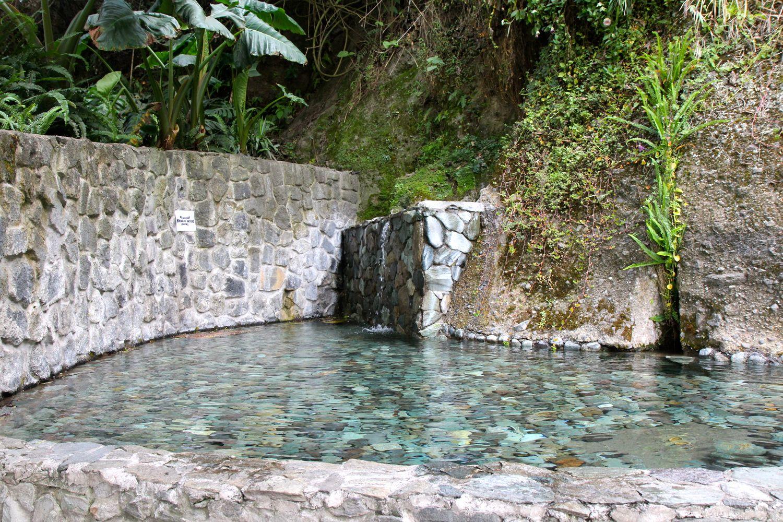 Izvoarele termale din Baños sunt un prilej în plus de relaxare