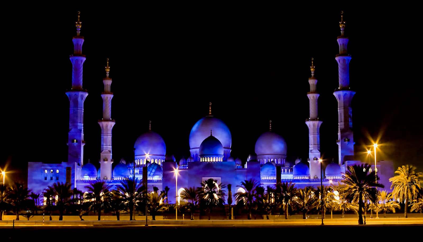 Marea Moschee Sheikh Zayed, noaptea