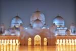 Moscheea din Abu Dhabi este o capodoperă arhitecturală