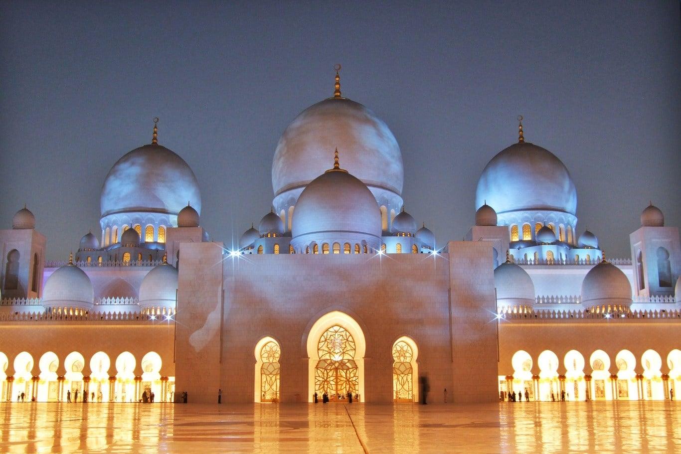 Marea Moschee Sheikh Zayed, Emiratele Arabe