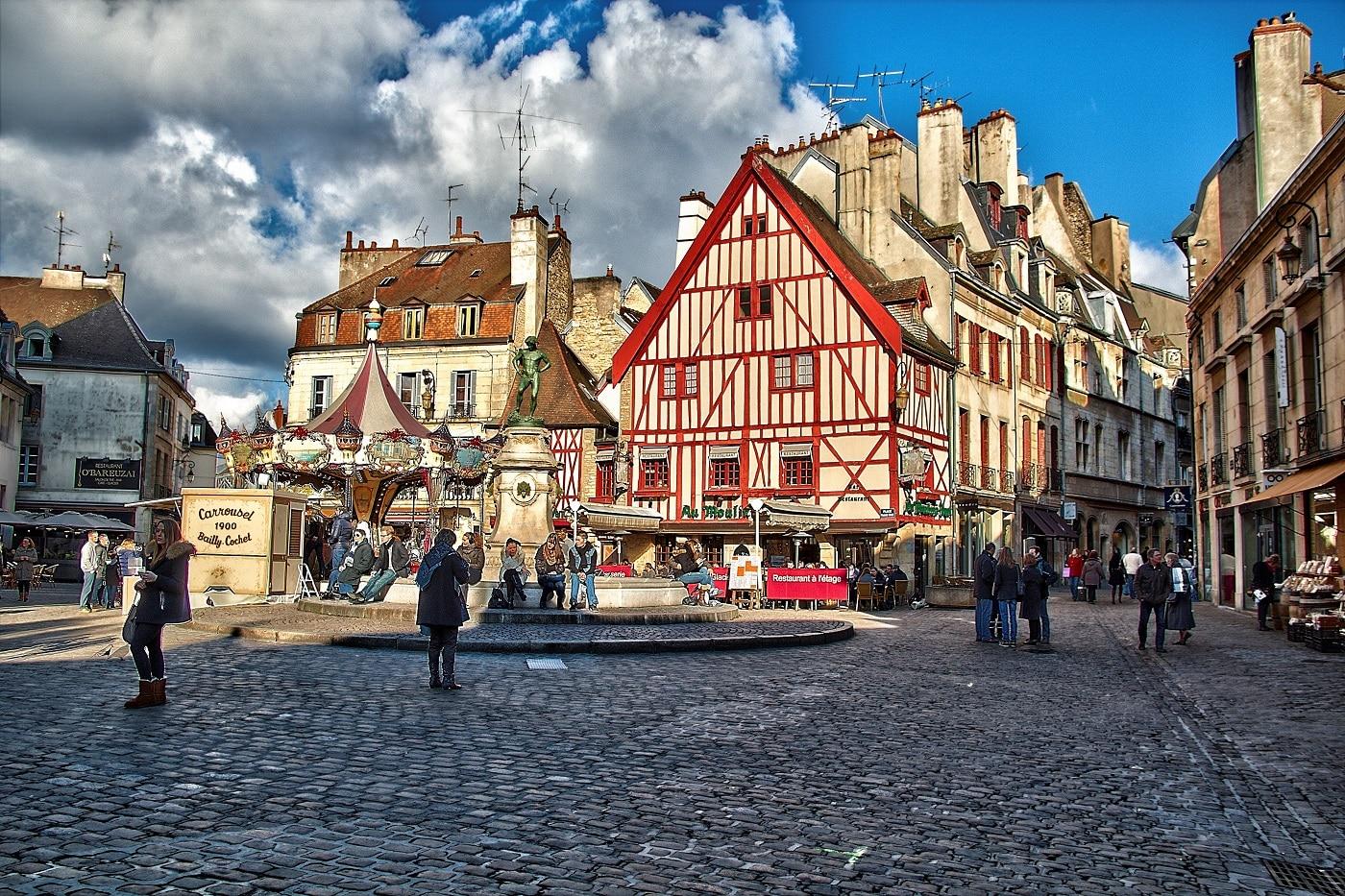 O zi obișnuită în Dijon