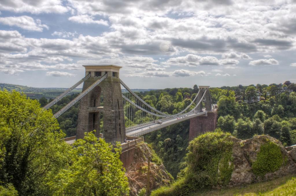 Pe lângă punctele de interes ale orașului, Bristol oferă și niște împrejurimi absolut minunate