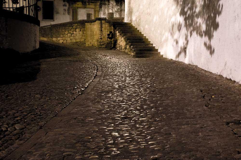 """Pe străduţele din Ronda / Foto: <a href =""""mikemarlowe.com """">"""