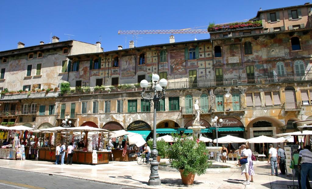 Piazza de la Erbe - Verona