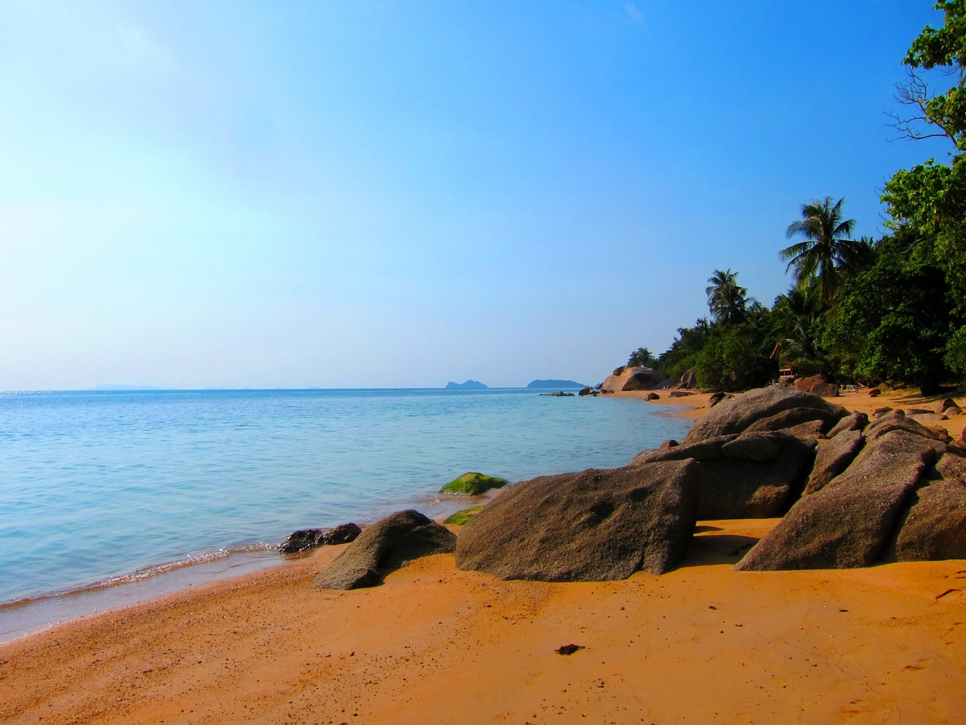 Plajele întinse din Insula Ko Samui, locul ideal pentre recreere