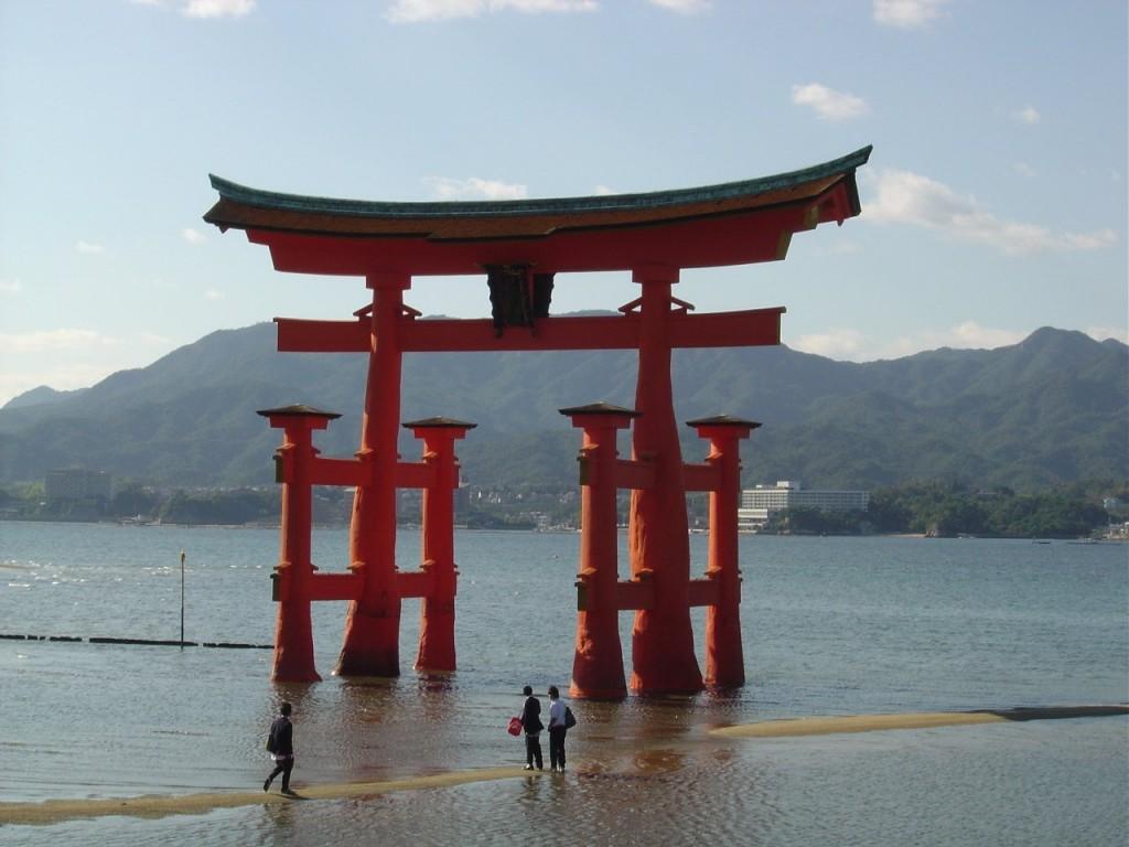 Poarta Miya Jima un loc iconic pentru japonezi și mai ales pentru locuitorii din Hiroshima