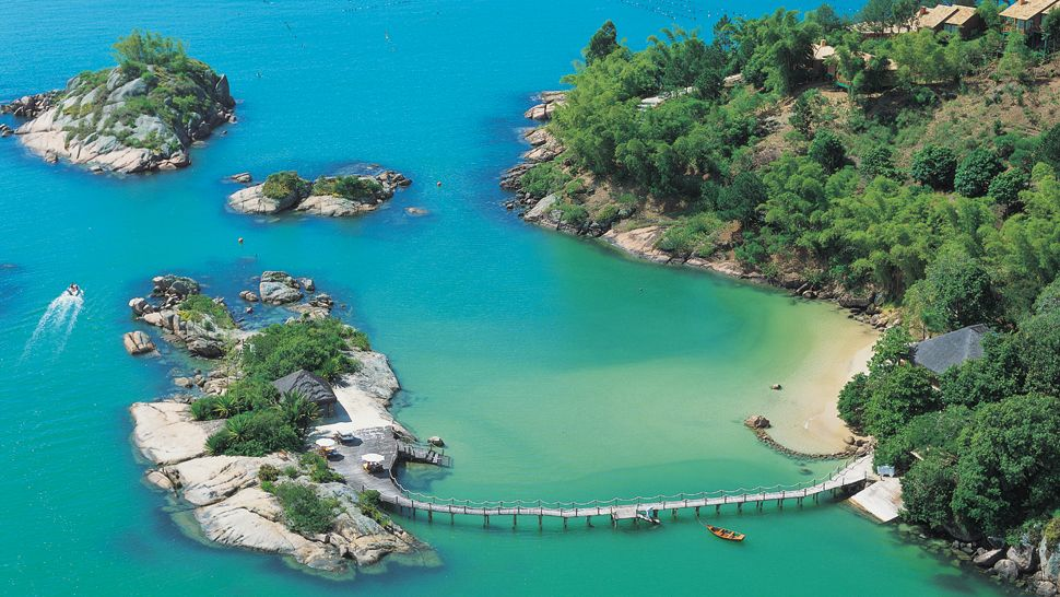 Resortul Viceroy, situat pe Insula Sfânta Lucia din Caraibe
