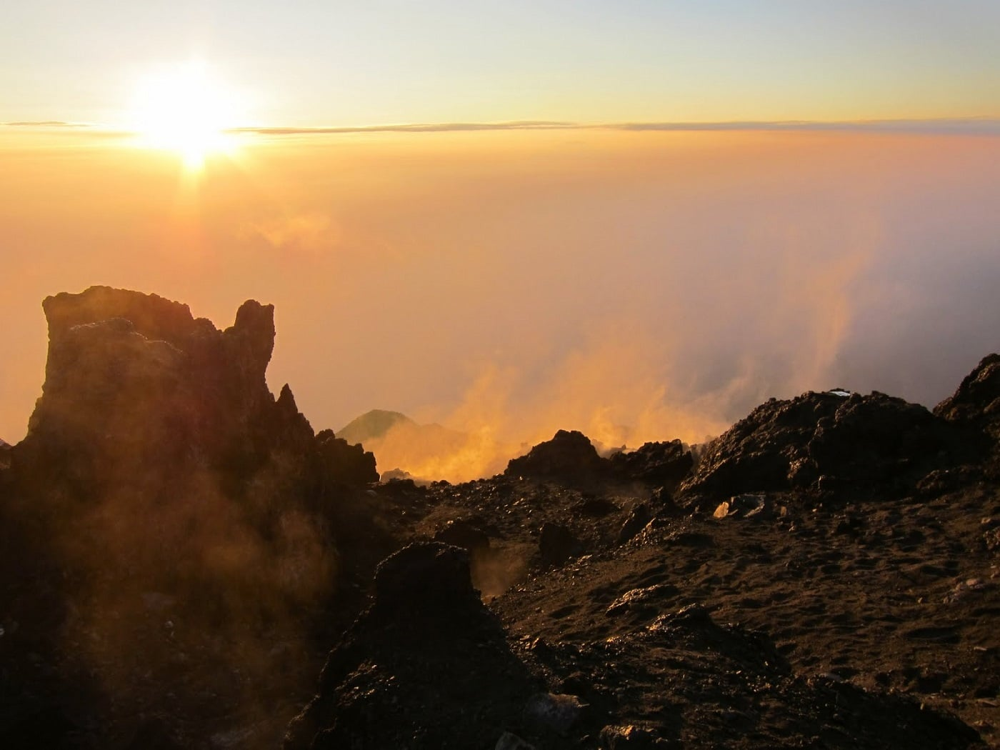 Răsărit de soare, Muntele Merapi