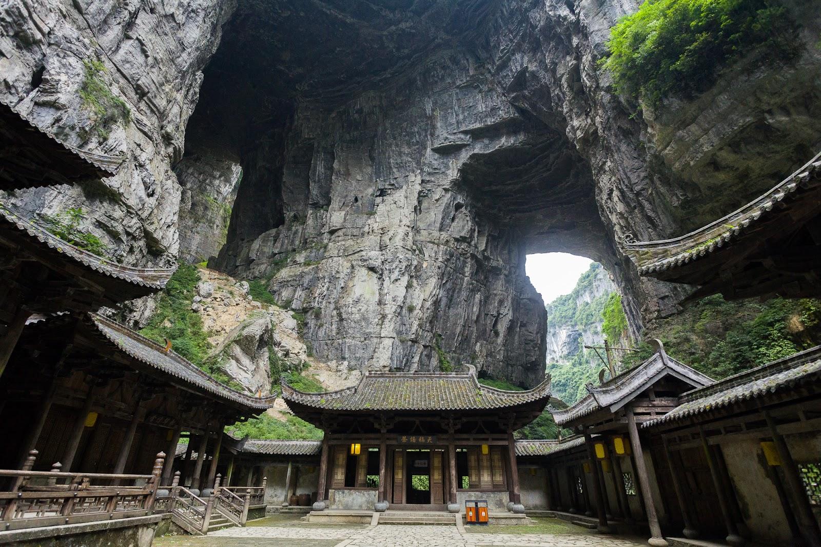 Regiunea Wulong Karst oferă peisaje de vis
