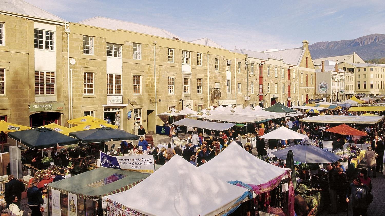 Salamanca devine un târg aglomerat în zilele de sâmbătă